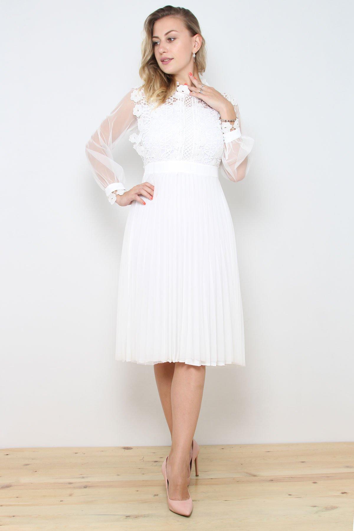 Day Dresses Medium-White