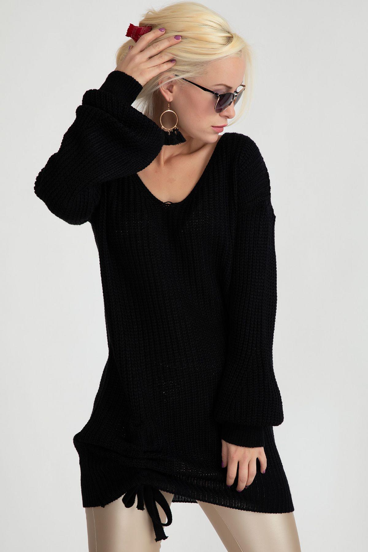 Sweaters-Black
