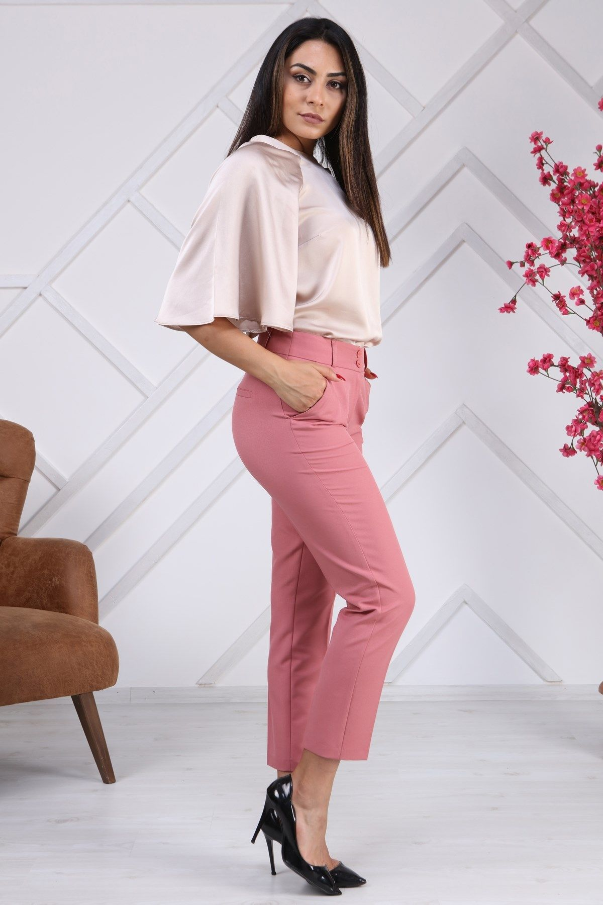 women pants-powder pink