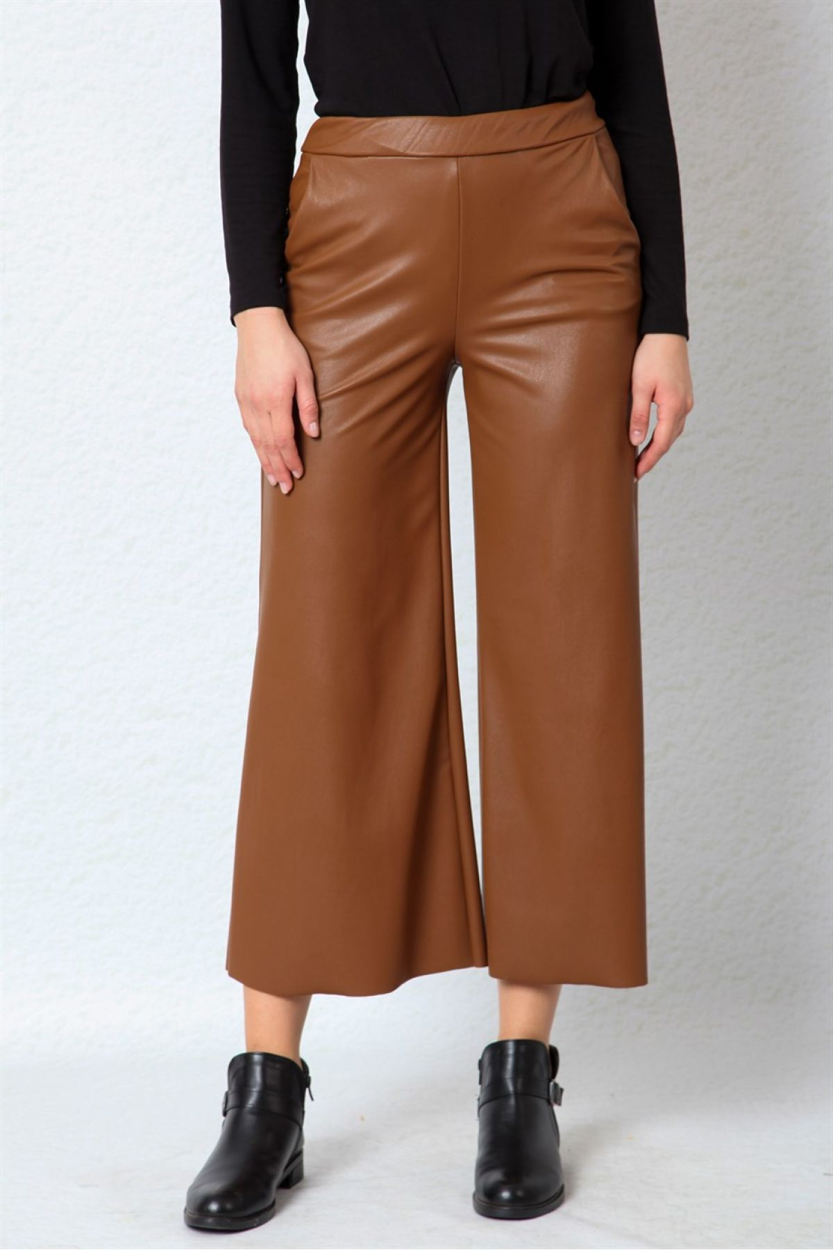 women pants-Brown