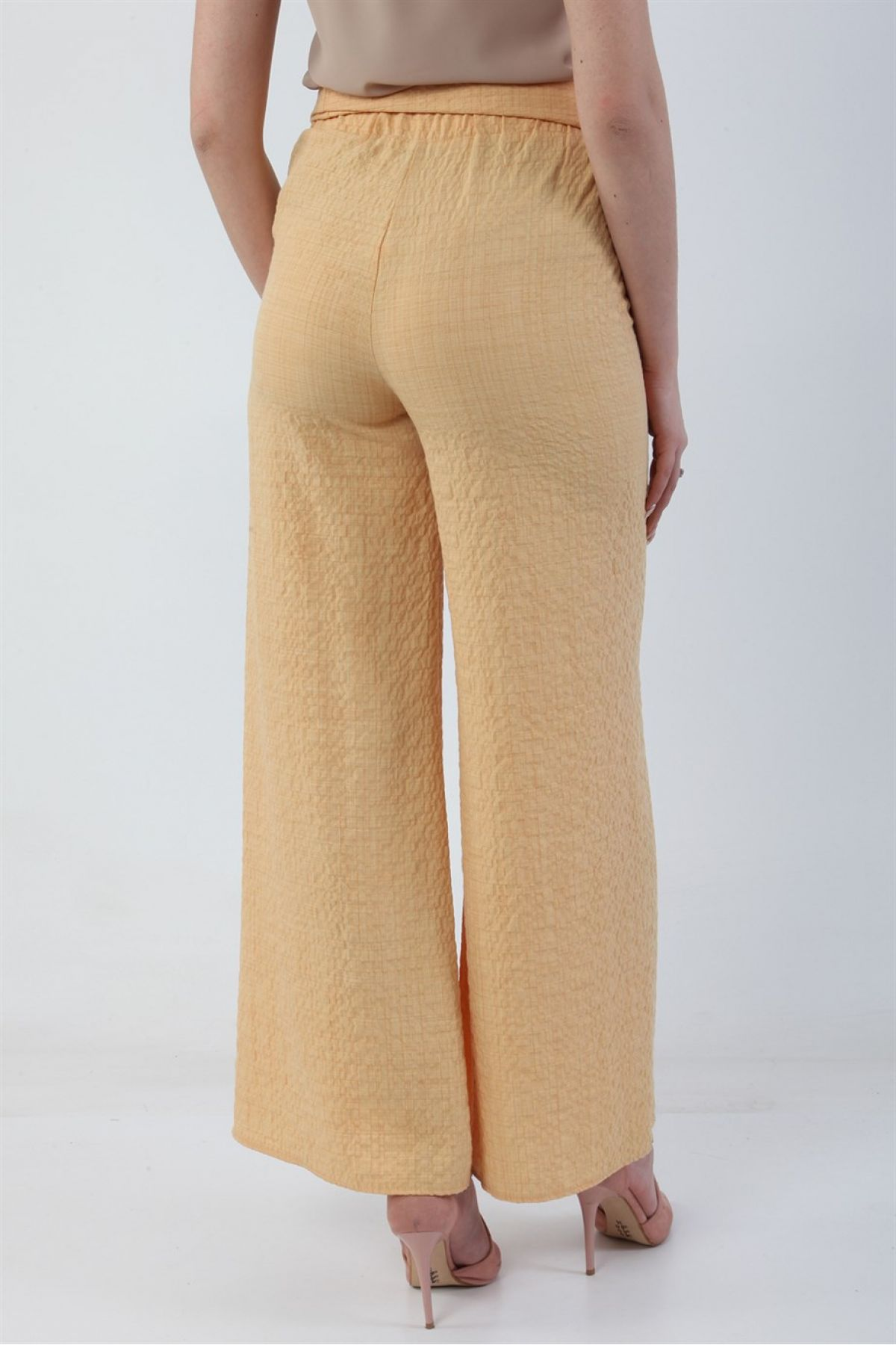 women pants-Yellow