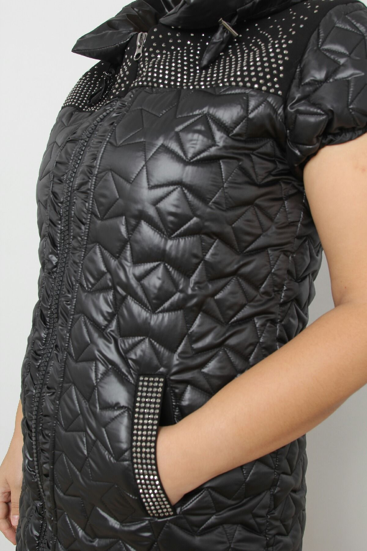 Vests-Black