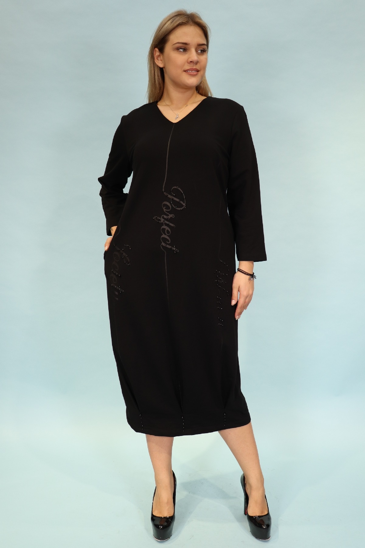 Day Dresses Medium-Black