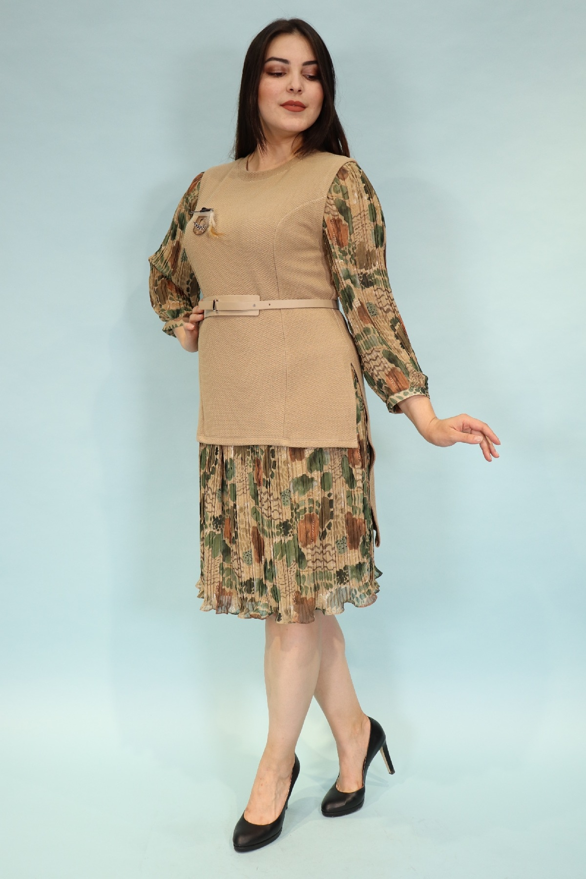 Day Dresses Medium-Beige