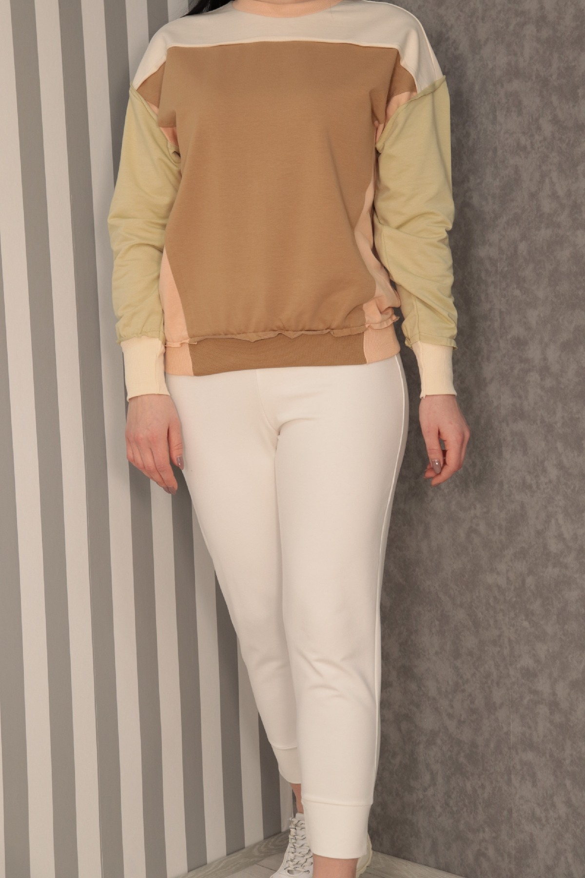 Sweatshirt-Light green