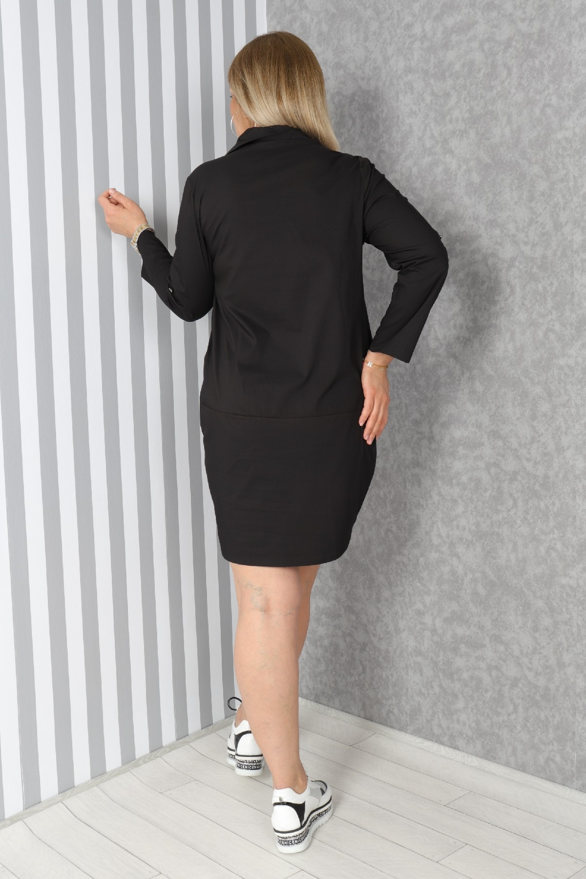 Casual Short Dresses-Black